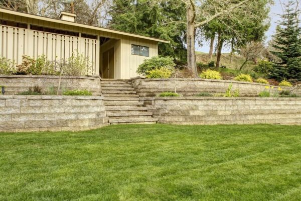 Why Hire A Retaining Wall Engineer In Texas?