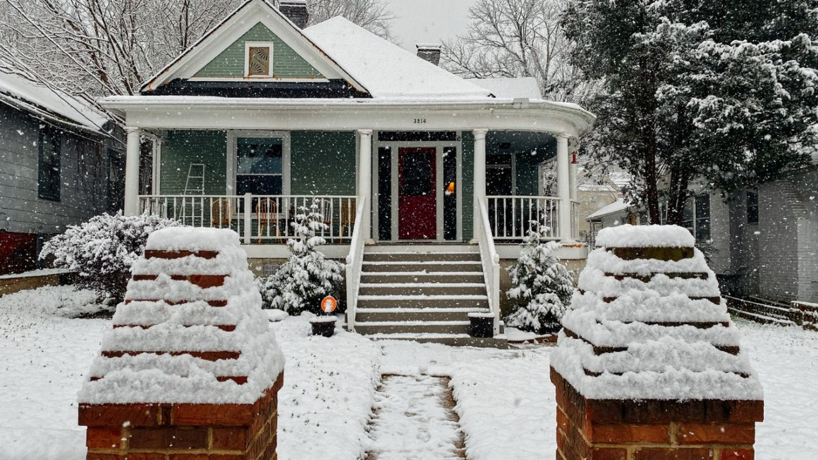 10 Tips to Get Your Home Ready for Winter